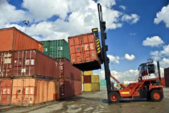 8 ayda 10 ilin ihracatı 1 milyar doları aştı