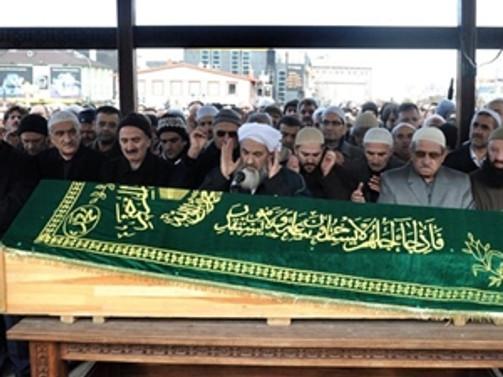 Gülen'in kardeşi defnedildi