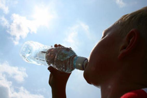 Kavurucu sıcaklar etkisini sürdürüyor