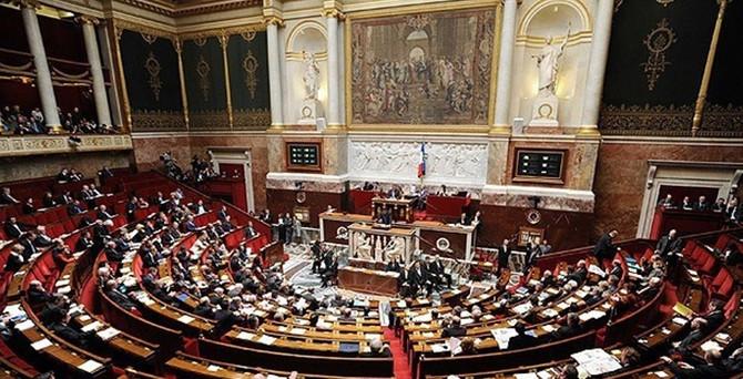 Fransa Meclisi'nden flaş karar