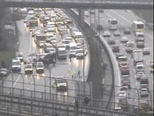 Kaza, İstanbul trafiğini felç etti