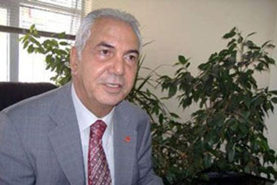 Eşref Erdem partisinden istifa etti