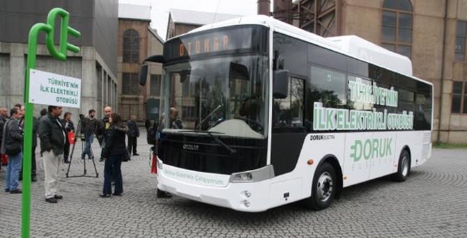 İlk elektrikli otobüs kampüslere girdi