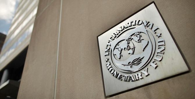'Euro Bölgesi negatif şoklara karşı kırılgan'