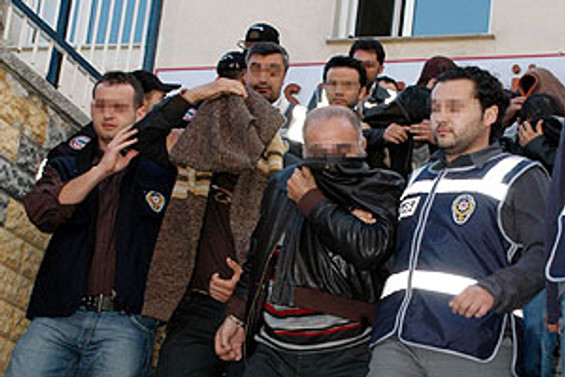 İstanbul ve Kocaeli'de uyuşrucuya darbe