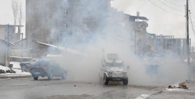 Yüksekova'da operasyon: 5 gözaltı