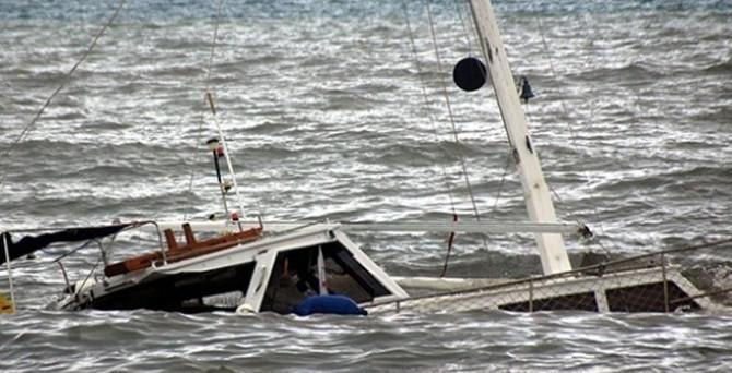 Mültecileri taşıyan tekne battı: 70 ölü!
