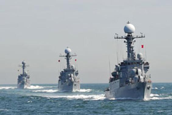 Kore'de savaş tamtamları çalıyor