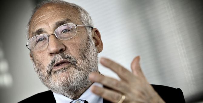 Stiglitz: Fed'in sıfıra yakın faiz politikası eşitsizliği artırıyor