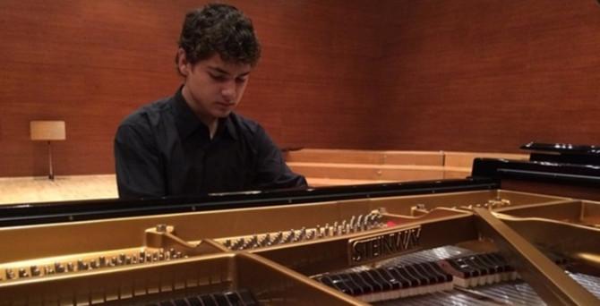 Barış için piyano çalacak