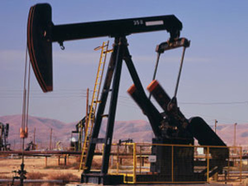Libya'daki bombalama da petrolü etkilemedi