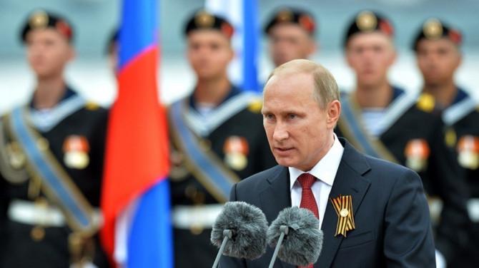 Putin'den flaş ruble açıklaması