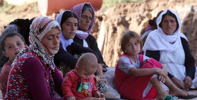 Peşmerge yüzlerce Yezidi'yi kurtardı