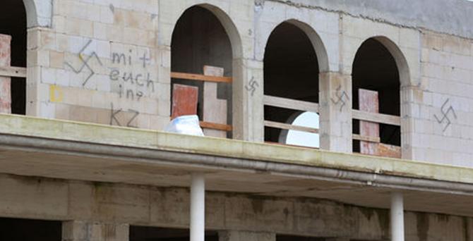 Almanya'da camiye Nazi saldırısı