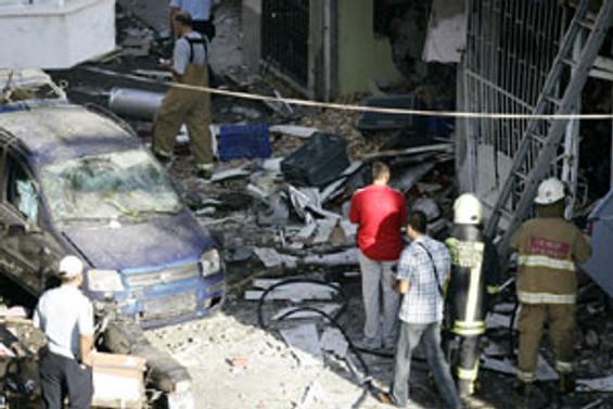 İzmir'de tüp patladı: 1 kişi yaralandı