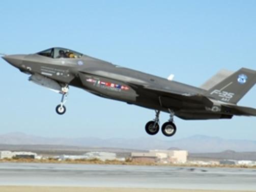 ABD'nin savaş uçakları Türk mühendislere emanet