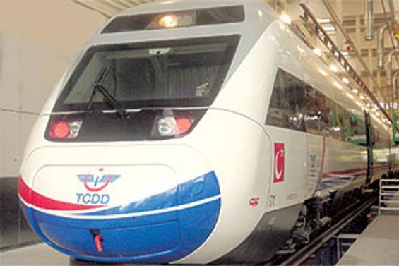 Çin, 2012'ye kadar hızlı tren hattını tamamlayacak