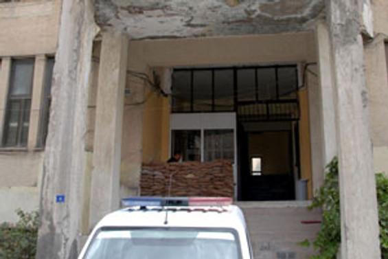 AK Parti binasına yoğun koruma