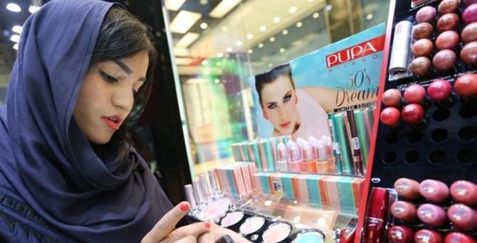 İran kozmetiğe servet harcıyor