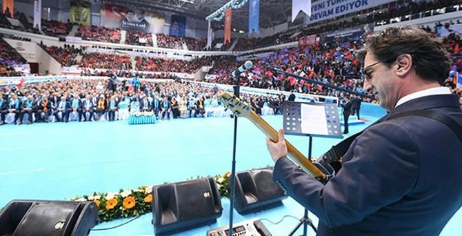 AK Parti'ye 'Ayna'lı seçim şarkısı