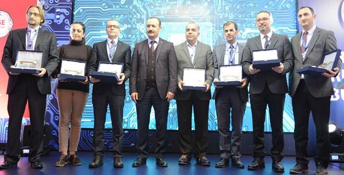 KÜSİ'den Bursa'daki Ar-Ge merkezlerine ödül
