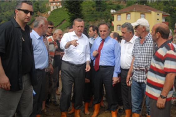 Erdoğan, heyelan bölgesini inceledi