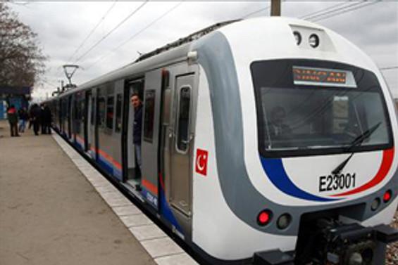 İstanbul, yeni banliyö trenlerine kavuşuyor