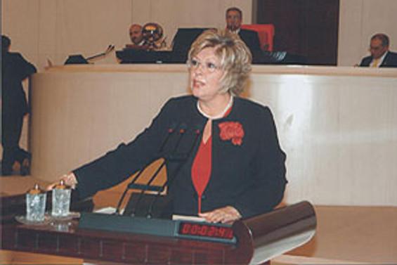 Arıtman'dan yüzde 50 kadın kotası için kanun teklifi