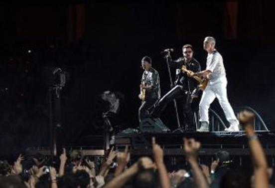 U2 konseri coşkulu geçti