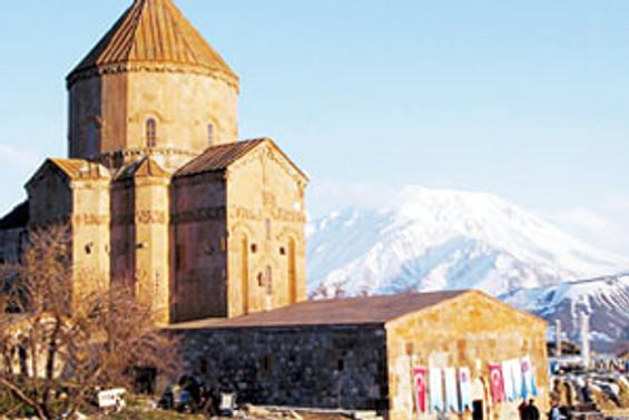 Ermeni turizmciden Van'a 5 yıldızlı otel