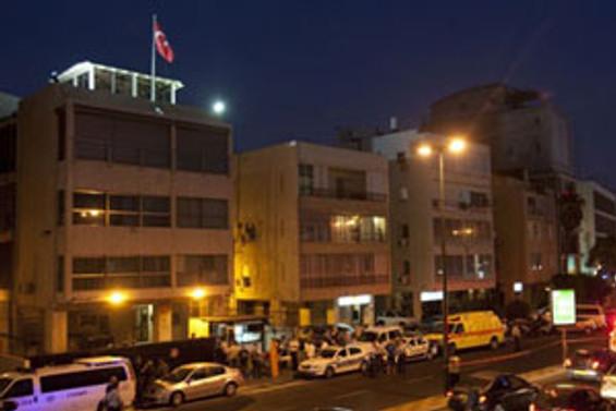Türk Büyükelçiliği'nde beyaz toz paniği