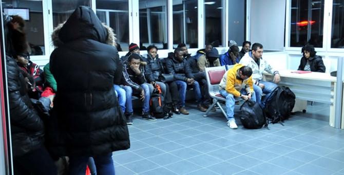Sınırdan geçmek isteyen 78 kaçak yakalandı