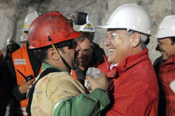 Kahraman madenciler yeryüzünde