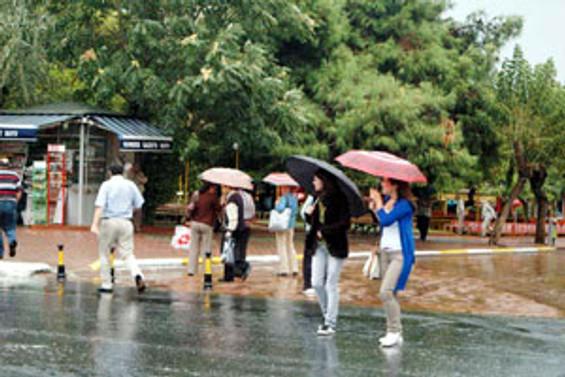 Ege'de sağanak yağış uyarısı