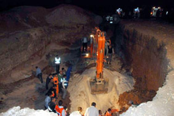 Mardin'de toprak kayması