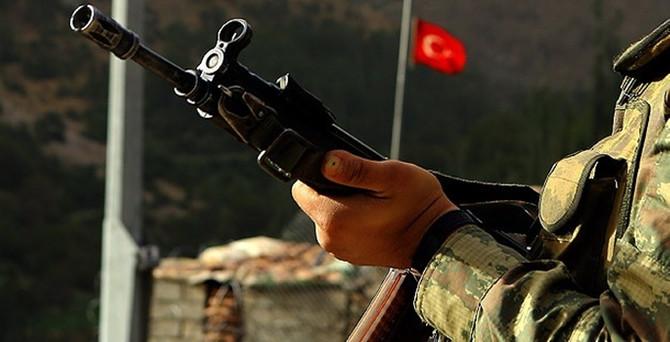 Asker cinnet getirdi: 1 asker şehit, 1'i ağır yaralandı