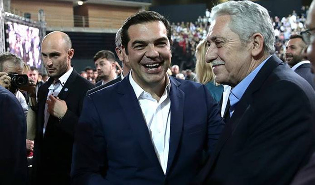 Çipras yeniden SYRIZA başkanlığına seçildi