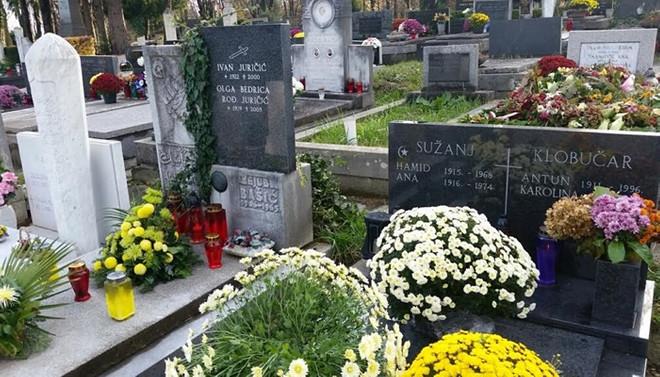 Hilal ile haçı aynı taşta buluşturan mezarlar: Zagreb Mirogoy Mezarlığı
