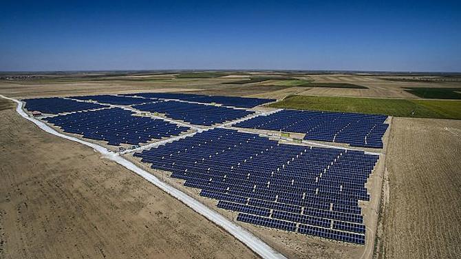 Konya'da 5 megavatlık güneş santrali devreye alındı