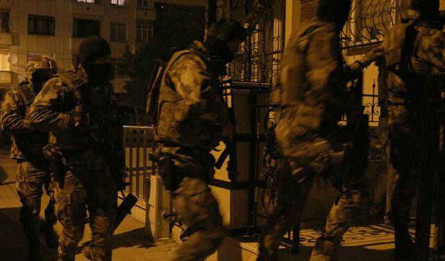 İstanbul'da 400 polisle operasyon