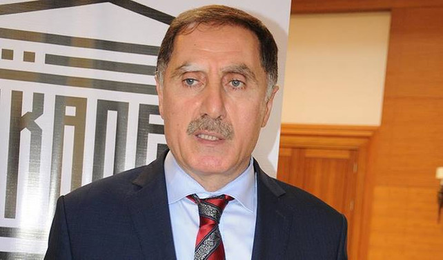 Kamu Başdenetçiliğine Malkoç seçildi