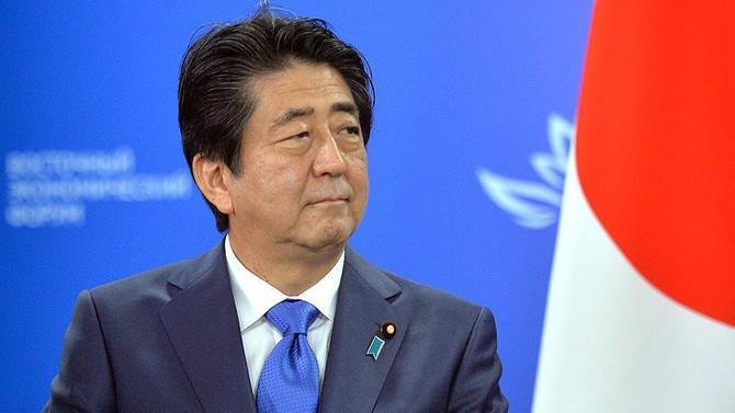 Abe, Trump ile görüşen ilk yabancı lider oldu