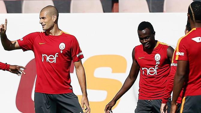 Derbide Galatasaray'ın gol umutları Eren ve Bruma
