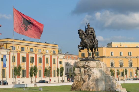 BALKANTÜRKSİAD 12. Ekonomi Zirvesi Arnavutluk'ta