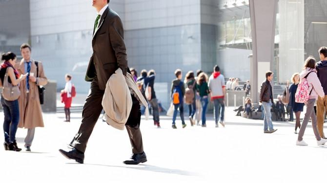 Hizmet sektörü güven endeksi yüzde 2,4 arttı