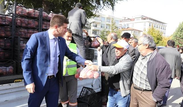 'Üretici dostu' Burdur Belediyesi 2017'de Halk Market kuracak