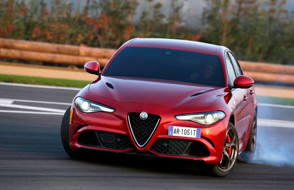 Yılın en güzel otomobili Alfa Romeo Giulia