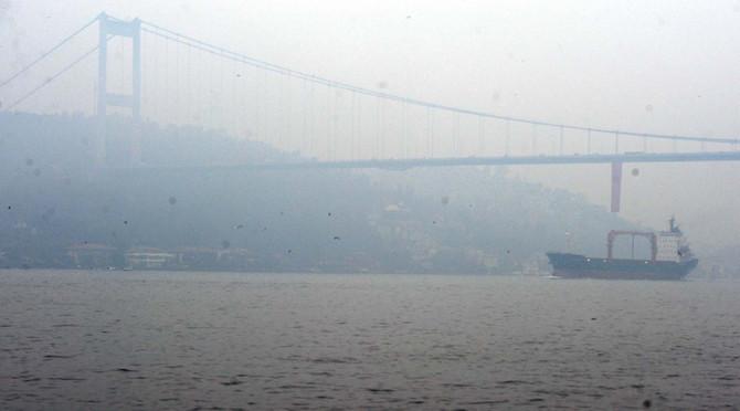 Boğaz'da sis etkisi