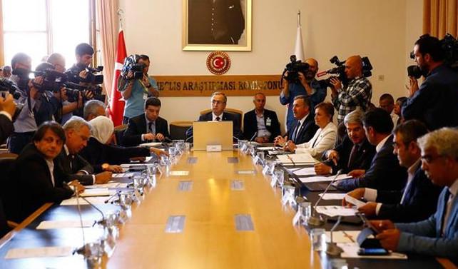 Darbe komisyonu eski liderlere FETÖ'yü soracak