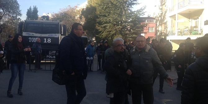 HDP Genel Merkezi'ne giriş çıkışlar durduruldu